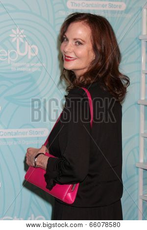 LOS ANGELES - MAY 30:  Lesley Anne Warren at the Step Up's Inspiration Network Luncheon at Beverly Hilton on May 30, 2014 in Beverly Hills, CA