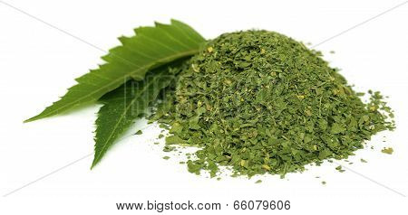 Medicinal Neem Leaves With Dried Powder