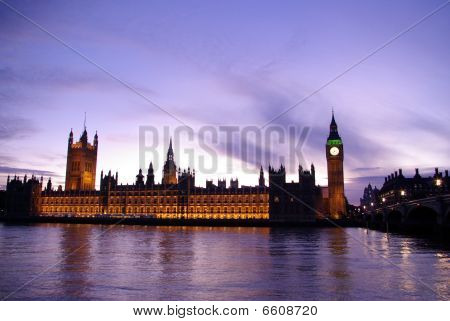 Big Ben And Houses Of Parliament In Twilight