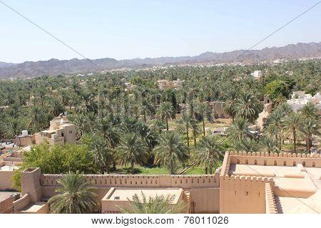 Nizwa Fort Castleand Oman's landscape
