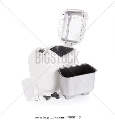 Breadmaker and accessories