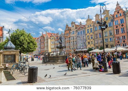 Fountain Of The Neptune In Gdansk