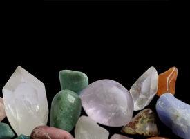 picture of calcite  - Gemstones margin - JPG