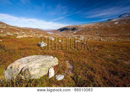 sunny autumn landscape Norway Gamle Strynefjellsvegen