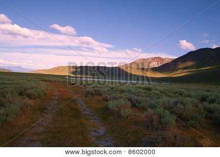 Mammoth Farmland Road