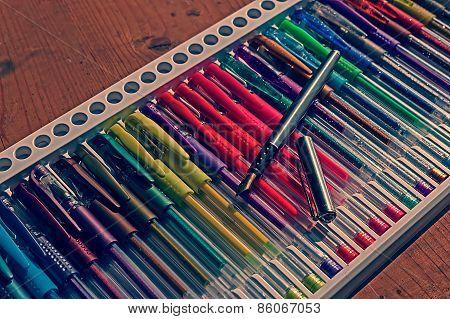 Colored Pens In Vintage Look 2
