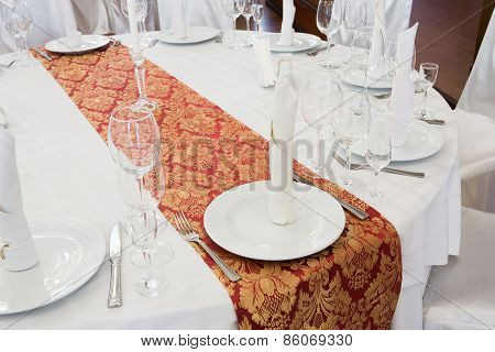 Beautifully Organized Event - Served Round Table Close-up