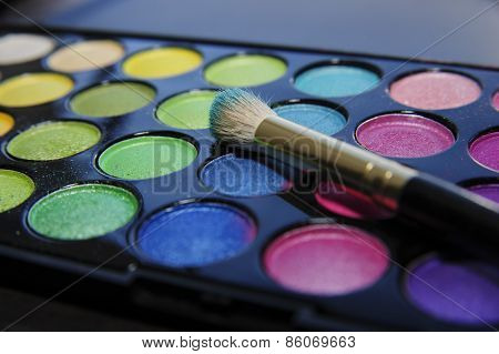 Eyeshadow set with makeup brush