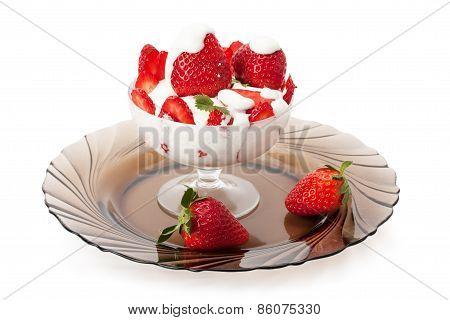 Strawberries With Cream