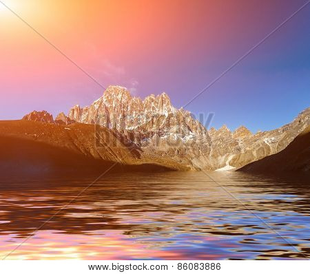 Beautiful mountain view with reflection in Gokyo Lake, Himalayas, Nepal.