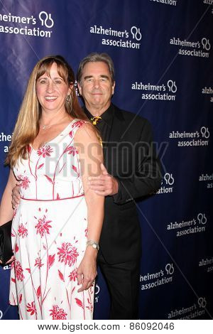 LOS ANGELES - MAR 18:  Wendy Bridges, Beau Bridges at the 23rd Annual A Night at Sardi's to benefit the Alzheimer's Association at the Beverly Hilton Hotel on March 18, 2015 in Beverly Hills, CA