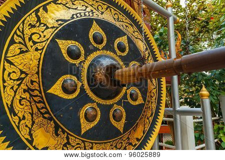 Big Gong at Wat Saket - The Golden Mountain Temple (Phu KHao Thong) in Bangkok Thailan