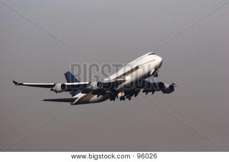 747 Grey Skies
