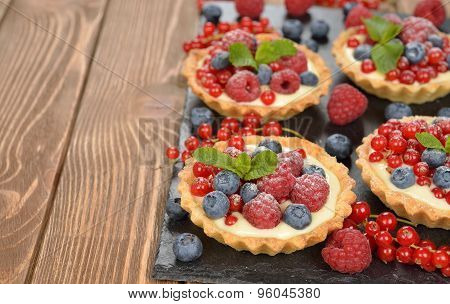 Cake With Custard And Berries
