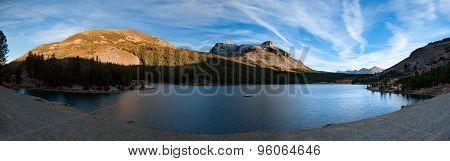 Lake at the Tioga pass