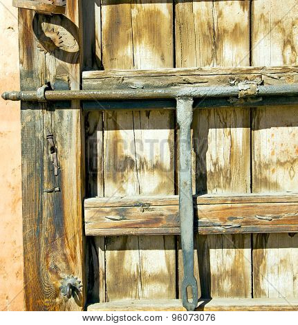 Rusty  Brown    Morocco In Africa The Old Wood  Facade Home And Safe Padlock