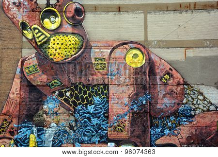Street art Montreal robot.