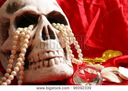 Skull With Treasure