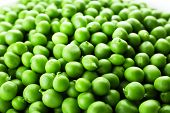 pic of peas  - Heap of fresh green peas close up - JPG