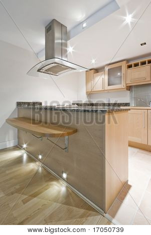 kitche with breakfast bar