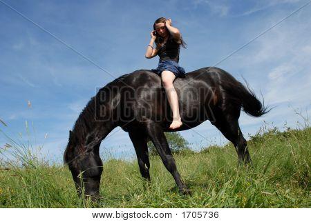 Pferd und teenager