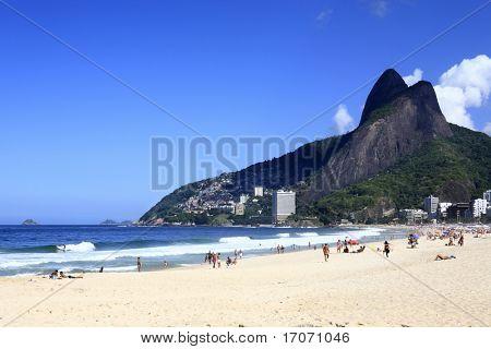 vista de la playa de leblon, en Río de janeiro Brasil