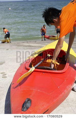 Student canoe activity
