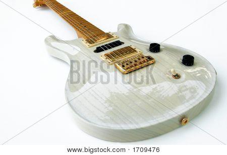 Vintage Guitar1