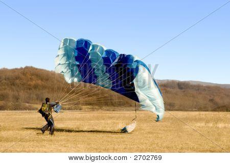 Parachute Landed