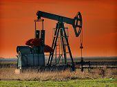 pic of nonrenewable  - Oil Pump - JPG