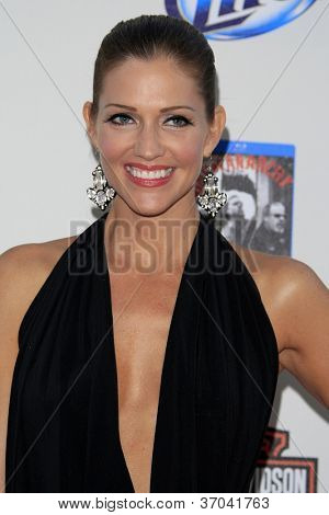 LOS ANGELES - SEP 8:  Tricia Helfer arrives at the