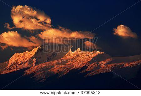 Nevado Copa (6188m) in sunset light, Cordiliera Blanca, Peru, South America
