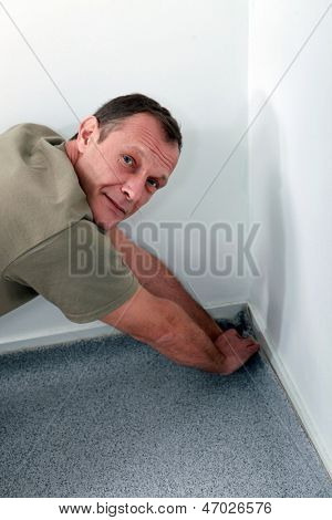 Colocador de carpete