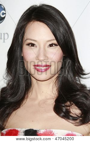 BEVERLY HILLS - JUL 12:  Lucy Liu at the Disney ABC Television Group Summer All Star party on July 12, 2008 in Beverly Hills, California.