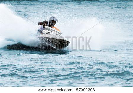 Jet Ski Runner