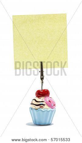 Ice cream Sticky note holder, with asquare sticky note