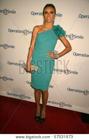 Giuliana Rancic at the 10th Annual Smile Gala, Beverly Hilton hotel, Beverly Hills, CA. 09-23-11
