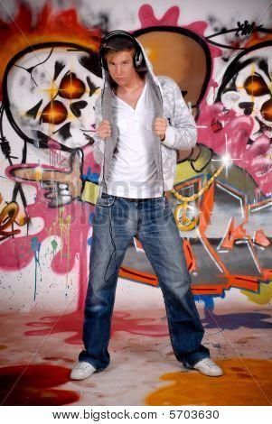 Fone de ouvido adolescente Graffiti Wall