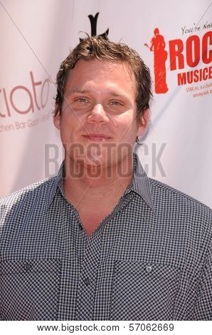 Bob Guiney at Teri Hatcher's Red Carpet Yard Sale benefiting St. Jude Children's Research Hospital and Rockstar Education, Tiato Garden, Santa Monica, CA. 05-01-11
