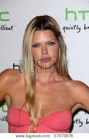 Sophie Monk at the HTC Status Social, Paramount Studios, Hollywood, CA. 07-19-11