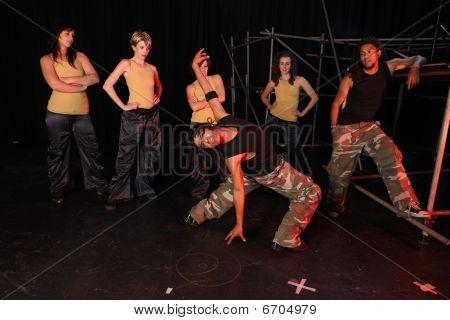 Tänzern auf der Bühne