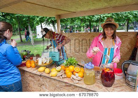MOSCOW - JUNE 14: People buy homemade lemonade on XI International Jazz Festival