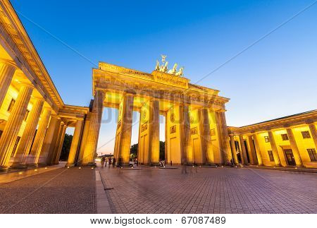 Brandenburg Gate (1788), Berlin, Germany.