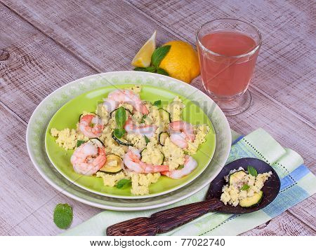 Cous cous salad with shrimps and mint