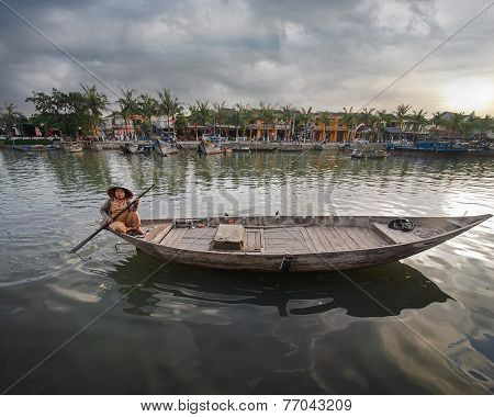 Vietnamese Women In Traditional Boat. Hoi An, Vietnam