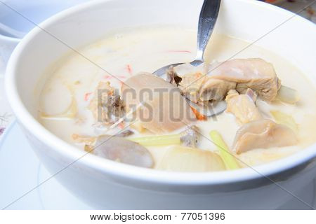Tom Kha Kai -chicken In Coconut Milk Soup