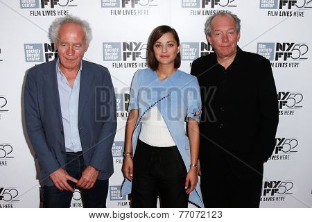 NEW YORK-OCT 5: (L-R) Jean-Pierre Dardenne, Marion Cotillard & Luc Dardenne at the 'Two Days, One Night' premiere at the New York Film Festival at Alice Tully Hall on October 5, 2014 in New York City.