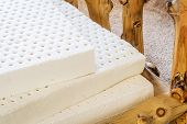 foto of mattress  - exposed layers of natural latex from an organic mattress - JPG