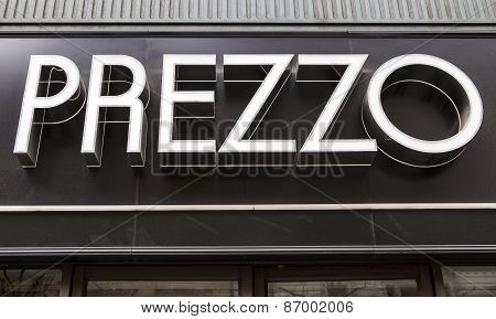 Prezzo Restaurant Sign