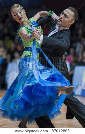 Minsk, Belarus-february 15, 2015: Divtsov Dmitrii And Gribkova Mariya From Turkey Performs Adult Sta